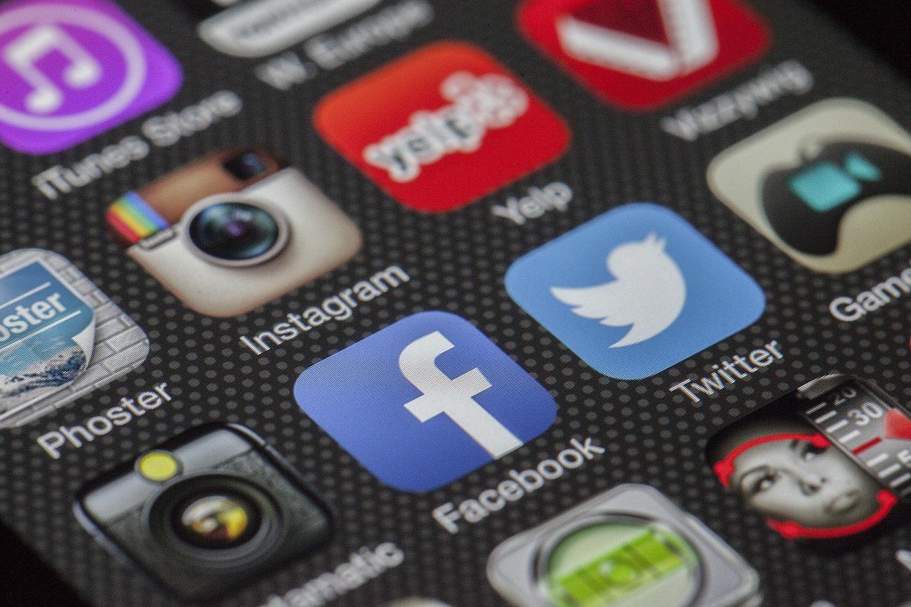 Agencje interaktywne – czym są? Kampanie reklamowe facebook